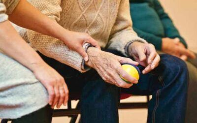 Mobile health tech could help elderly people with heart disease